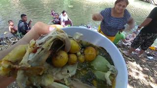 gracias a ana granados nos fuimos al rio con unos amigos suscriptores a disfrutar de un almuerzo