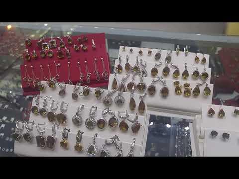 Выбор ювелирки из Султанита в магазине Victoria в г.Аланья, Турция