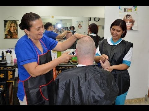 Relax in colombian female barber shop