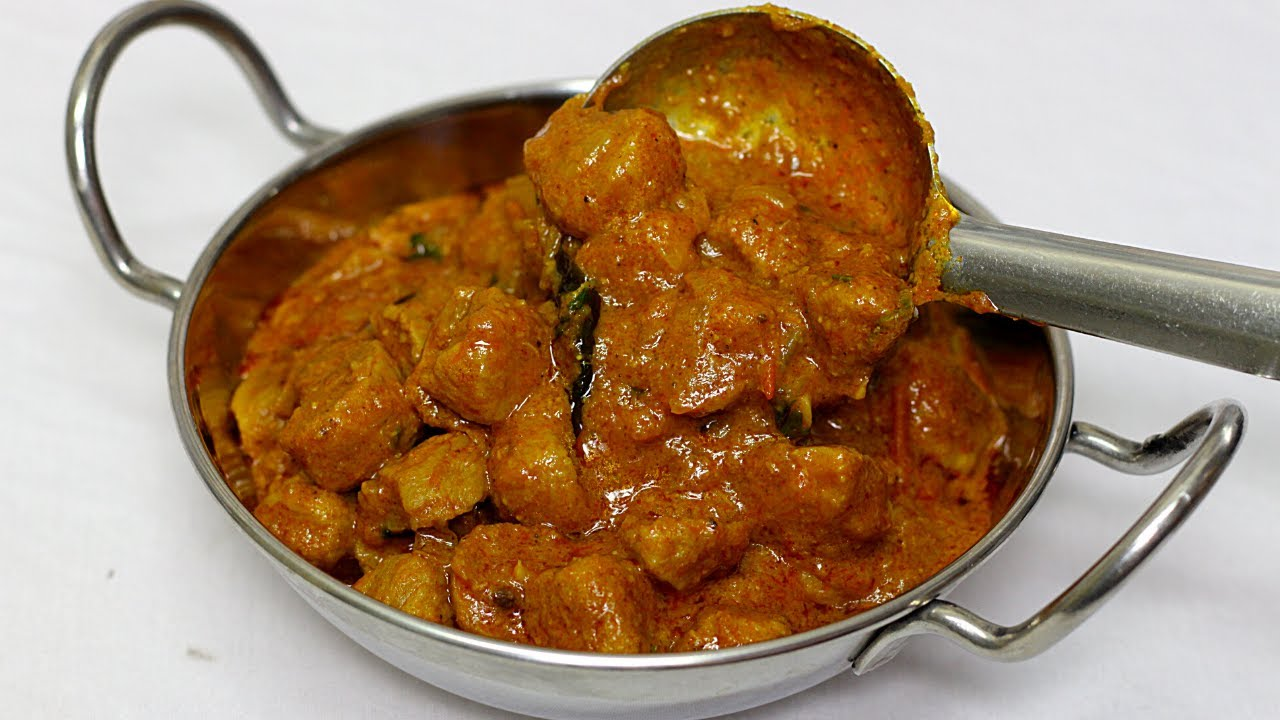 అన్నం,చపాతీ ,పూరి దేనిలోకైనా సరే రుచిగా ఉండే మీల్ మేకర్ గ్రేవీ Meal Maker masala Gravy Recipe Telugu