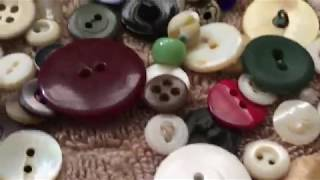 Vintage buttons, vintage Christmas and a black cat!