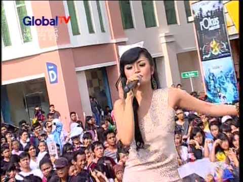 SITI BADRIAH Live At 100% Ampuh (10-11-2012) Courtesy GLOBAL TV
