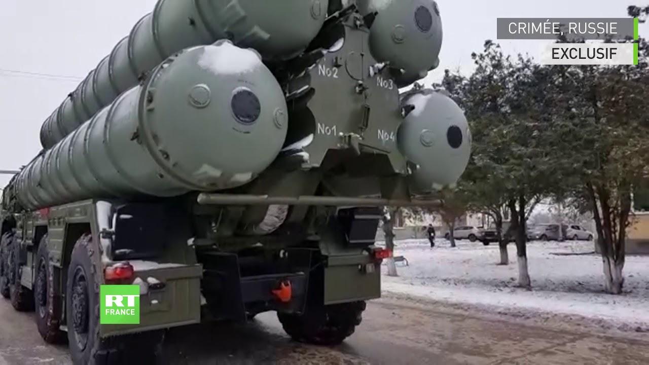 La quatrième unité d'artillerie de S-400 s'installe sur son lieu de déploiement en Crimée