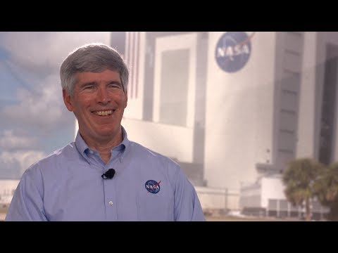 FIRST MAN Interview with NASA's Chief Historian Bill Barry