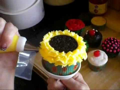 Decorating Cupcakes how to decorate sunflower cupcakes (decorating tutorial) - youtube