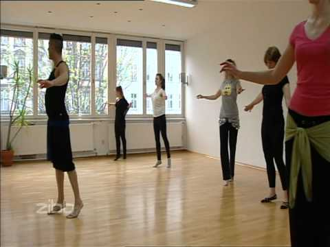 COCO BERLIN BELLYDANCE SHOWS - YouTube