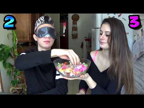 CANDY KISSING CHALLENGE ! 😘