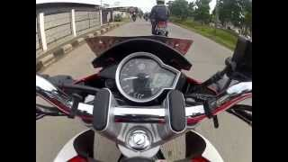 Yamaha New Vixion lightning onboard video (copyright iwanbanaran.com)