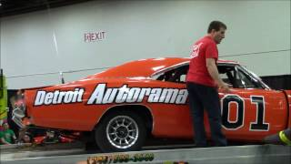 Autorama 2017: The jump of a General Lee!