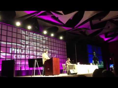Sam Witwer Plays Emperor Palpatine at Phoenix Comicon