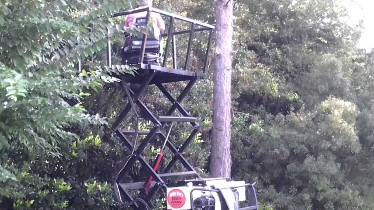 Eddie Boys All Terrain Trax Deer Stand With Lift Youtube