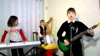 �������� ���� Дети играют Rammstein на утреннике. ������