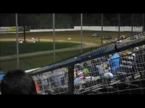 Brewerton Speedway - August 19, 2016 - 4-cylinder Main