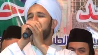 اللهم صل وسلم على أحمد محمد نبى الهدى