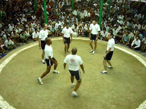 Chinlone: Incredible Burmese Freestyle Football - YouTube