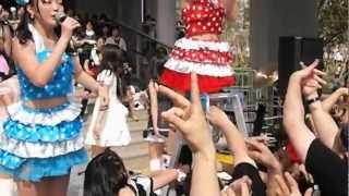 2012.4.29 ダイバーシティ東京(ガンダムの横)で行われた、しず風&絆~KIZUNA~ のライブ。(第1部) Shizukaze and Kizuna 動画がふわふわ揺れるのはYouTubeの ...