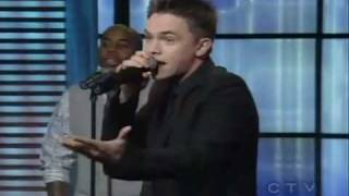 "Jesse McCartney performs ""How Do You Sleep"" LIVE on Regis & Kelly"