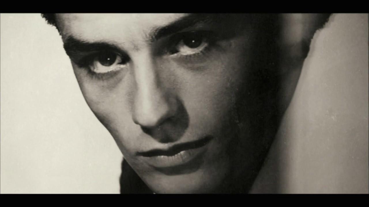 [TRAILER] Un jour, un destin : Alain Delon (English ...