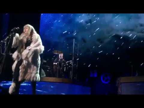 """Stevie Nicks """"Moonlight"""" - 24K Gold Tour- Portland, OR Moda Center 2/28/17"""