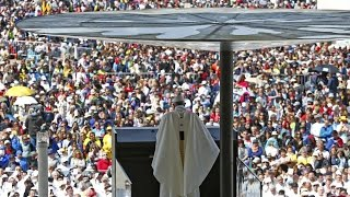 Fatima: Hàng triệu người dự Lễ Tuyên Thánh hai em nhỏ Phanxicô và Giacinta, 13.05.2017