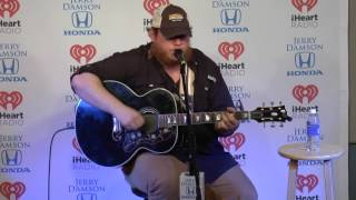 Luke Combs Sings Beer Can