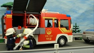 Der Autounfall Playmobil Feuerwehr seratus1 Film car crash stop motion