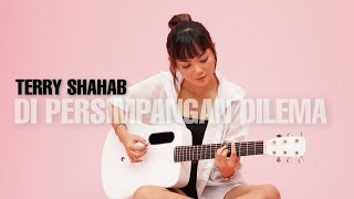 Download TAMI AULIA | TERRY SHAHAB - DI PERSIMPANGAN DILEMA