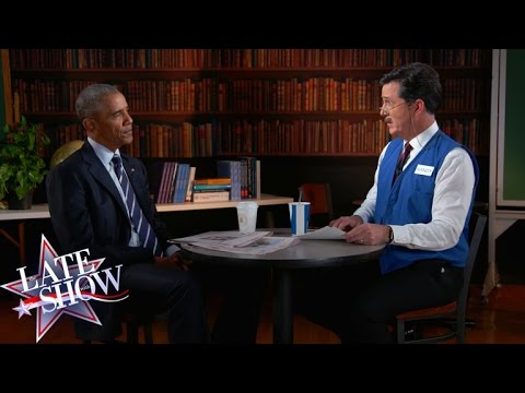 Stephen Helps President Obama Polish His Résumé - YouTube