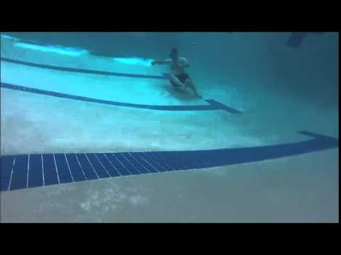 Under Water Video In An 8 Feet Deep Swimming Pool With A Vgb Drain Youtube