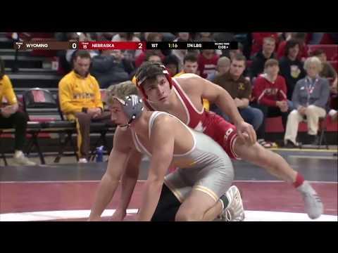 174 LBS: #3 Mikey Labriola (Nebraska) Vs. #14 Hayden Hastings (Wyoming)   2019 B1G Wrestling
