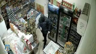 Продавщица прогнала грабителя шваброй в Минводах