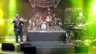 Fun Lovin' Criminals - Korean Bodega & Classic Fantastic - Manchester Albert Hall 04/03/17
