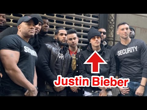 Fake Justin Bieber Pranks 10,000 People In New York City!