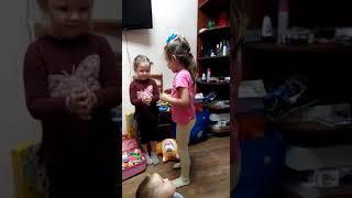 Нонна и Алиса Песенка про рыбок