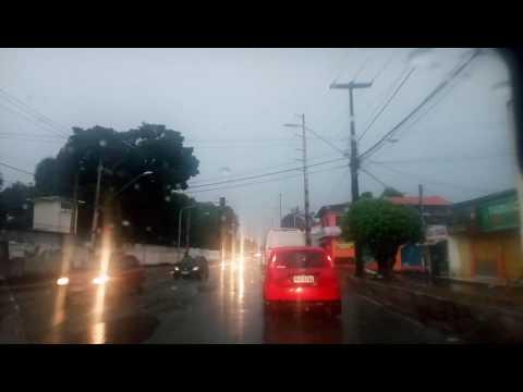 Role pela Cidade de São Luís Maranhão na Chuva dia de Domingo