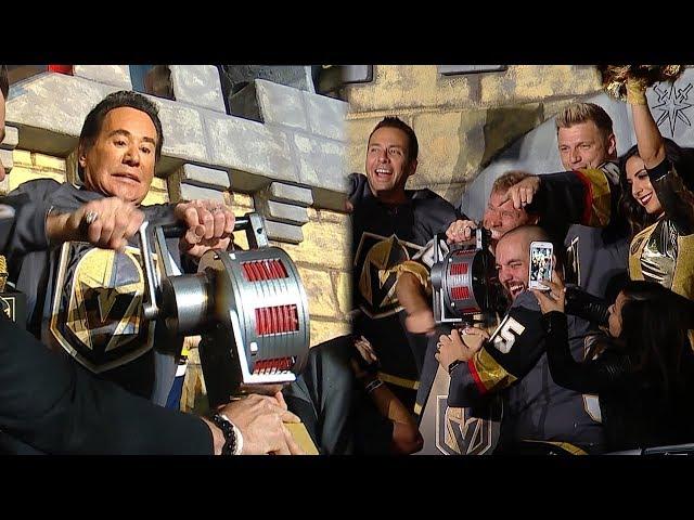 Wayne Newton and Backstreet Boys crank the siren at Game 4 in Vegas