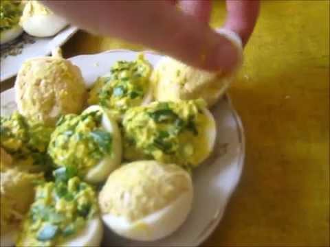 Яйца фаршированные / Готовить легко