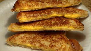How To Make A Perfect Grilled Cheese Sandwich: Easy Grilled Cheese Sandwich Recipe