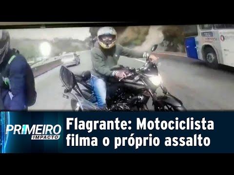 Motociclista filma o próprio assalto em rodovia de São Paulo | Primeiro Impacto (24/07/18)