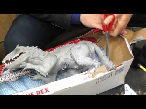 Unboxing Jurrasic World Indominus Rex