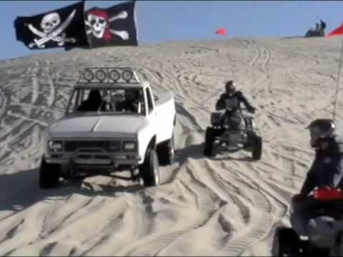 Mid engine sand truck