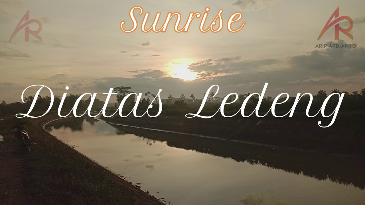 Download Sunrise Diatas Ledeng Endang Mulyo (Sunrise Above the Endang Mulyo Plumbing)