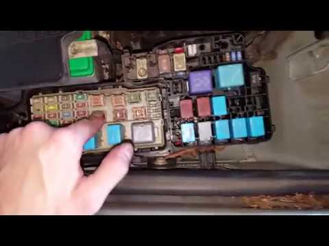 01 camry 2 cooling fans ac wiring diagram toyota camry ac relays and fuses how to check youtube  toyota camry ac relays and fuses how to