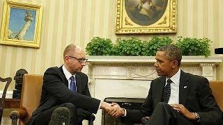 Обама провел переговоры с Яценюком и предостерег Москву