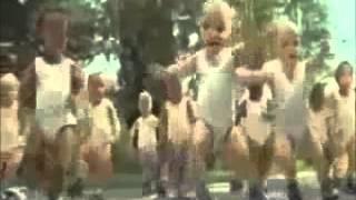 Bebes dançando GANGNAM STYLE
