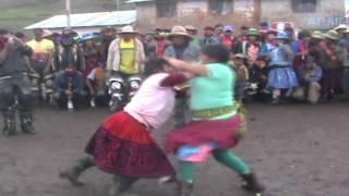 TAKANAKUY DE MUJERES HUARACCO- CHUMBIVILCAS