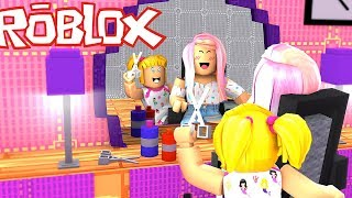 Baby Goldie & Titi Games Getting a Make Over in a Roblox Hair Salon - Roleplay