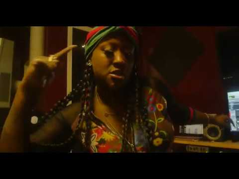 Yo Gotti ft. Nicki Minaj - Rake It Up...