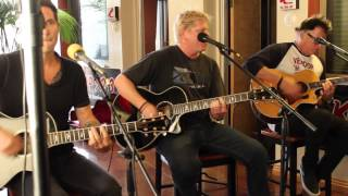 Live lobby concert from the KOMP 92.3FM studios July 17, 2015.