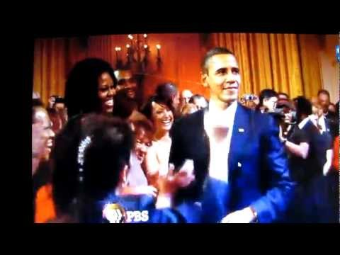 Sweet home chicago, the blues anthem of obama's home town. Barack Obama Sings Sweet Home Chicago Youtube